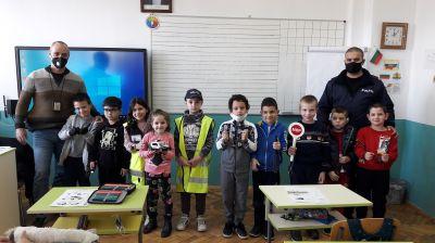 Уроци по БДП с участието на служители от РУ на МВР - Берковица 10