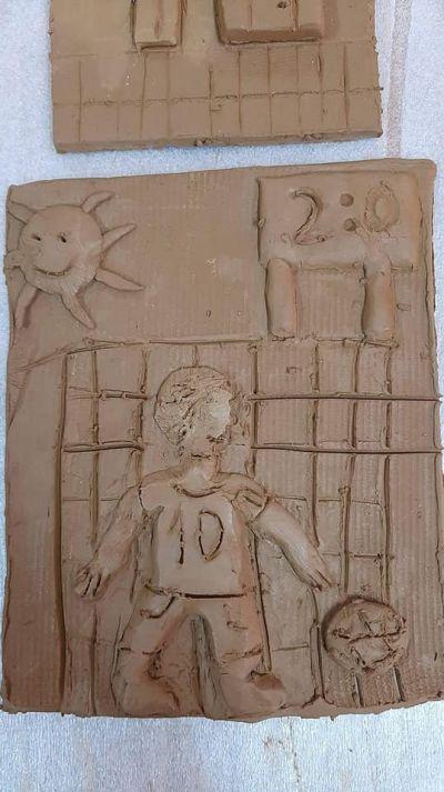 Час по изобразително изкуство със VII клас в Ателието по грънчарство на Първо основно училище 9